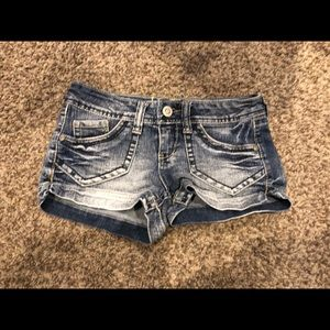 Junior jean shorts
